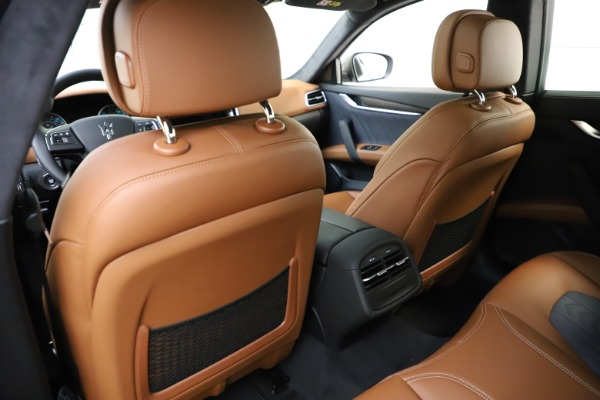 New 2021 Maserati Ghibli S Q4 GranLusso for sale Sold at Rolls-Royce Motor Cars Greenwich in Greenwich CT 06830 23