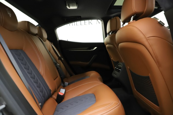 New 2021 Maserati Ghibli S Q4 GranLusso for sale Sold at Rolls-Royce Motor Cars Greenwich in Greenwich CT 06830 28
