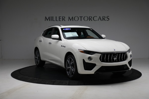 New 2021 Maserati Levante Q4 for sale $85,625 at Rolls-Royce Motor Cars Greenwich in Greenwich CT 06830 12