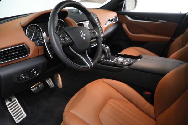 New 2021 Maserati Levante Q4 for sale $85,625 at Rolls-Royce Motor Cars Greenwich in Greenwich CT 06830 14