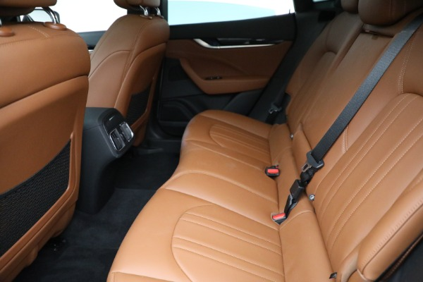 New 2021 Maserati Levante Q4 for sale $85,625 at Rolls-Royce Motor Cars Greenwich in Greenwich CT 06830 19