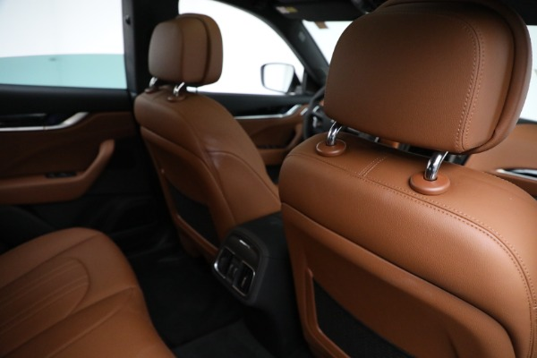 New 2021 Maserati Levante Q4 for sale $85,625 at Rolls-Royce Motor Cars Greenwich in Greenwich CT 06830 25