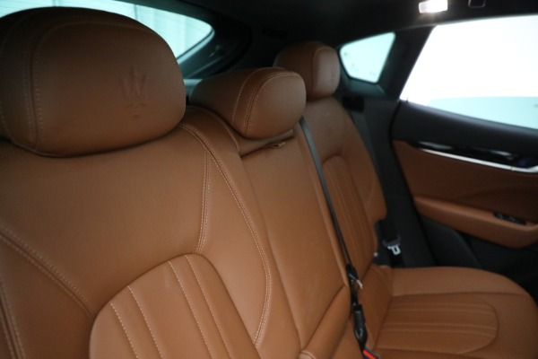 New 2021 Maserati Levante Q4 for sale $85,625 at Rolls-Royce Motor Cars Greenwich in Greenwich CT 06830 27
