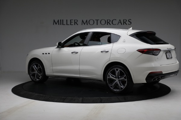 New 2021 Maserati Levante Q4 for sale $85,625 at Rolls-Royce Motor Cars Greenwich in Greenwich CT 06830 4