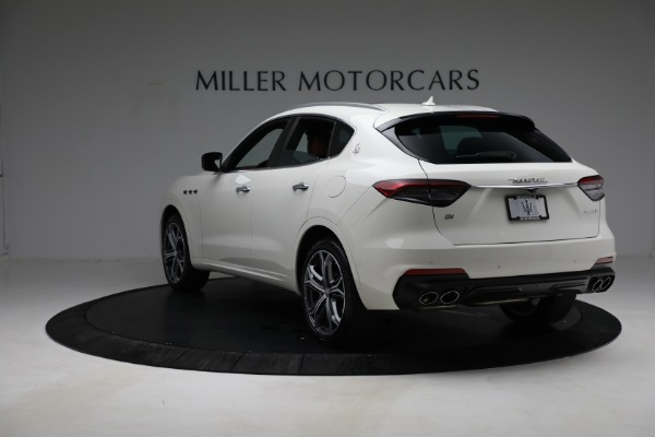 New 2021 Maserati Levante Q4 for sale $85,625 at Rolls-Royce Motor Cars Greenwich in Greenwich CT 06830 6