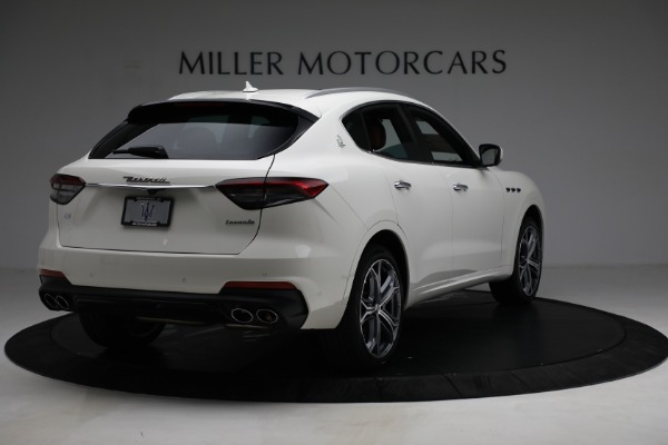 New 2021 Maserati Levante Q4 for sale $85,625 at Rolls-Royce Motor Cars Greenwich in Greenwich CT 06830 8