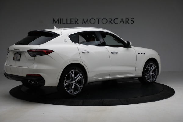 New 2021 Maserati Levante Q4 for sale $85,625 at Rolls-Royce Motor Cars Greenwich in Greenwich CT 06830 9