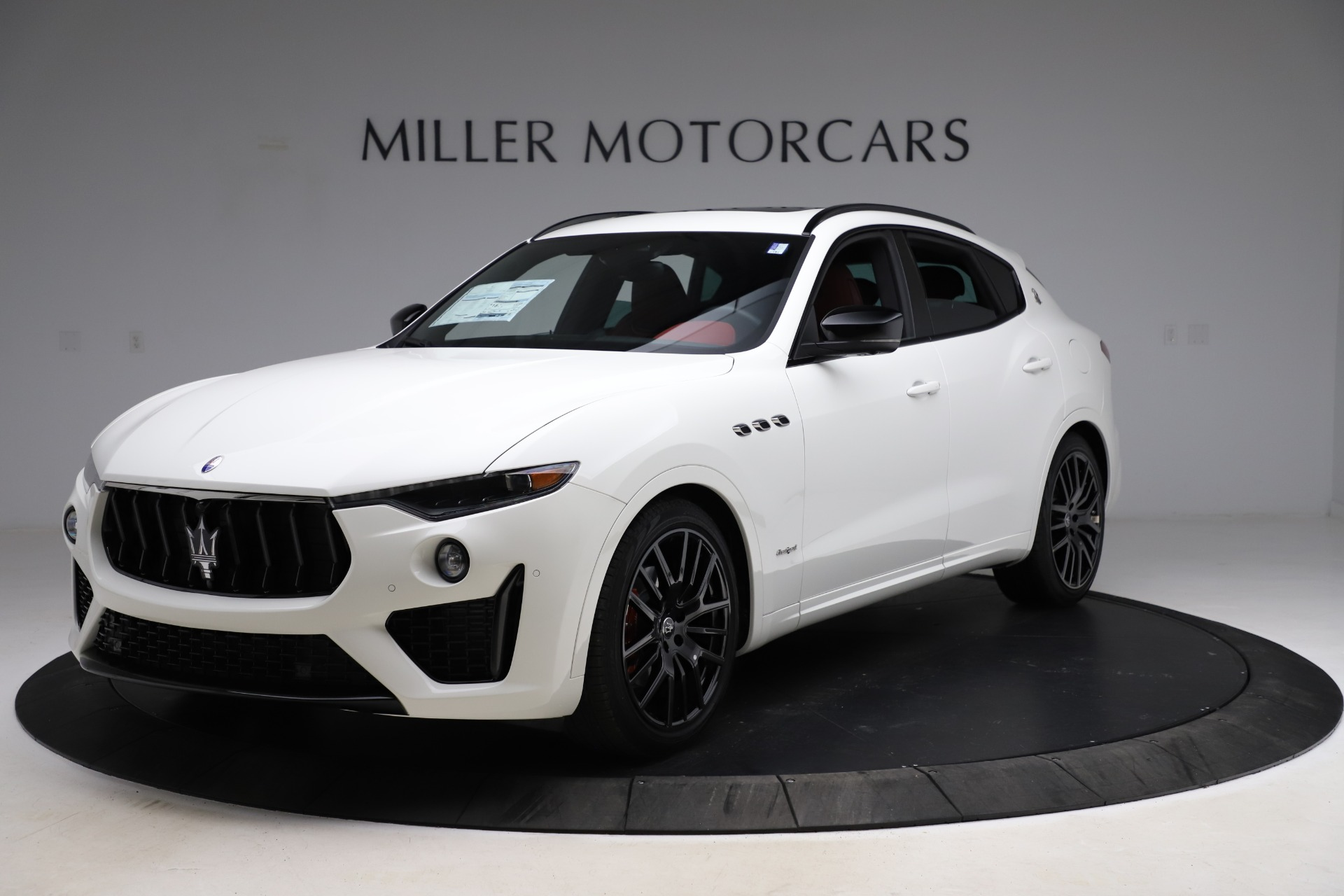 New 2021 Maserati Levante Q4 GranSport for sale Sold at Rolls-Royce Motor Cars Greenwich in Greenwich CT 06830 1