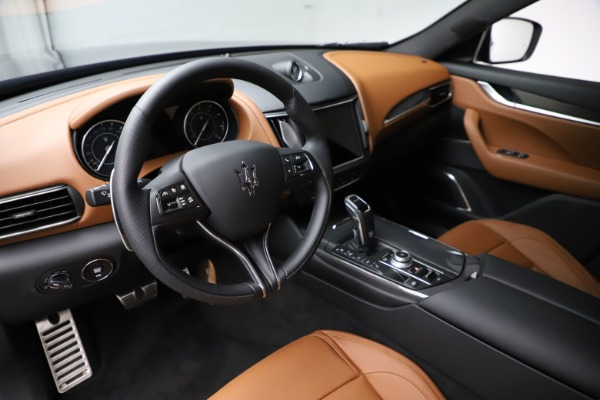 New 2021 Maserati Levante S Q4 GranSport for sale $100,185 at Rolls-Royce Motor Cars Greenwich in Greenwich CT 06830 13