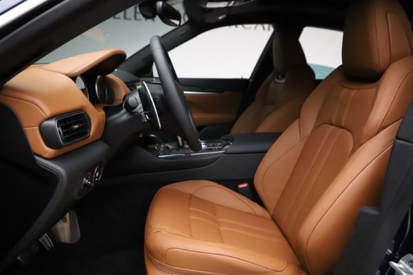 New 2021 Maserati Levante S Q4 GranSport for sale $100,185 at Rolls-Royce Motor Cars Greenwich in Greenwich CT 06830 14