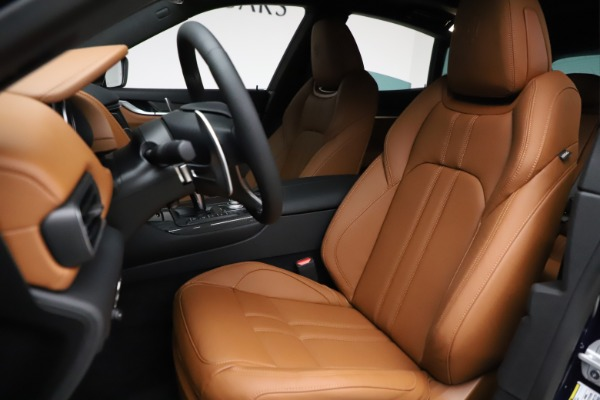 New 2021 Maserati Levante S Q4 GranSport for sale $100,185 at Rolls-Royce Motor Cars Greenwich in Greenwich CT 06830 15