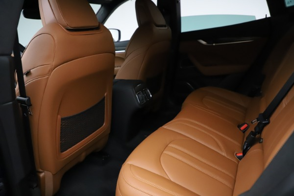 New 2021 Maserati Levante S Q4 GranSport for sale $100,185 at Rolls-Royce Motor Cars Greenwich in Greenwich CT 06830 18
