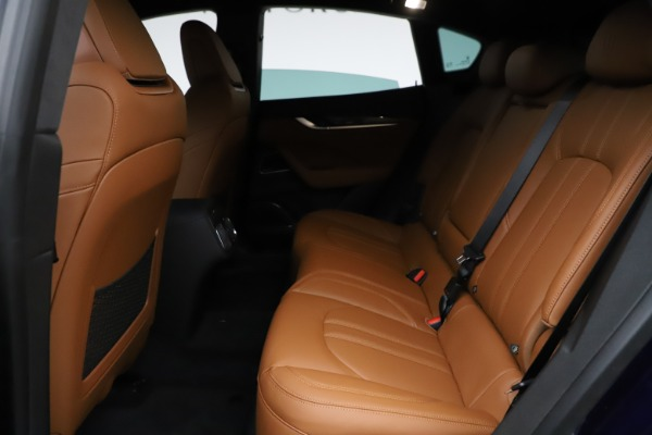 New 2021 Maserati Levante S Q4 GranSport for sale $100,185 at Rolls-Royce Motor Cars Greenwich in Greenwich CT 06830 19