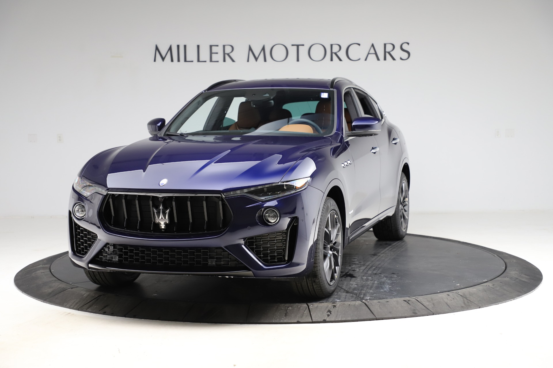 New 2021 Maserati Levante S Q4 GranSport for sale $100,185 at Rolls-Royce Motor Cars Greenwich in Greenwich CT 06830 1