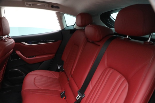 New 2021 Maserati Levante Q4 for sale $89,175 at Rolls-Royce Motor Cars Greenwich in Greenwich CT 06830 17
