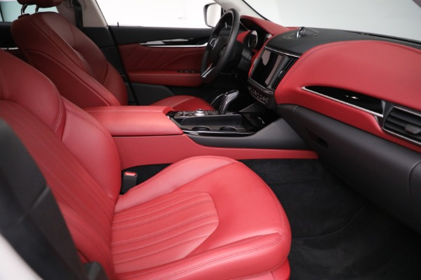 New 2021 Maserati Levante Q4 for sale $89,175 at Rolls-Royce Motor Cars Greenwich in Greenwich CT 06830 20