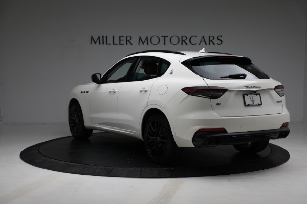 New 2021 Maserati Levante Q4 for sale $89,175 at Rolls-Royce Motor Cars Greenwich in Greenwich CT 06830 5