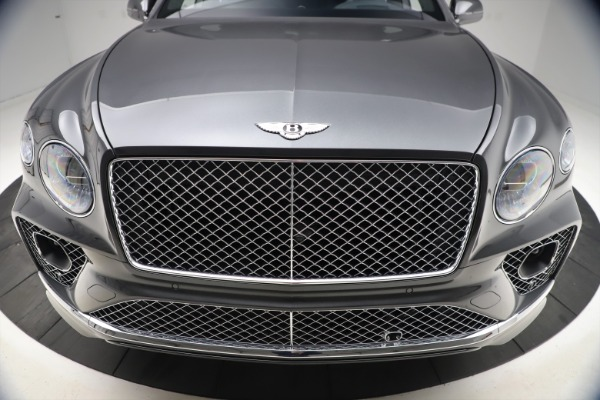 New 2021 Bentley Bentayga V8 for sale $213,720 at Rolls-Royce Motor Cars Greenwich in Greenwich CT 06830 13