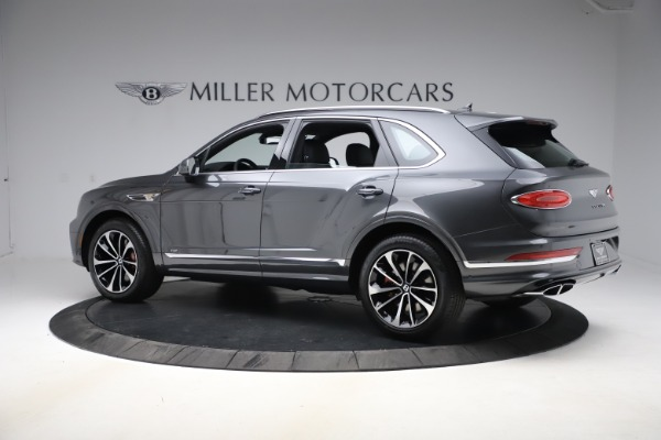 New 2021 Bentley Bentayga V8 for sale $213,720 at Rolls-Royce Motor Cars Greenwich in Greenwich CT 06830 4