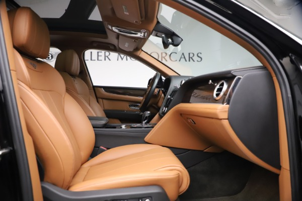 Used 2018 Bentley Bentayga Onyx Edition for sale $139,900 at Rolls-Royce Motor Cars Greenwich in Greenwich CT 06830 21