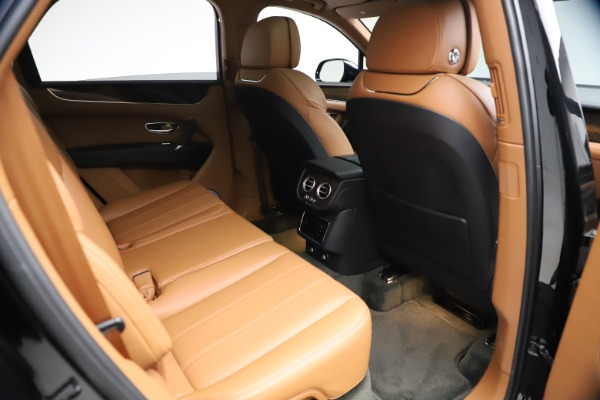 Used 2018 Bentley Bentayga Onyx Edition for sale $139,900 at Rolls-Royce Motor Cars Greenwich in Greenwich CT 06830 23
