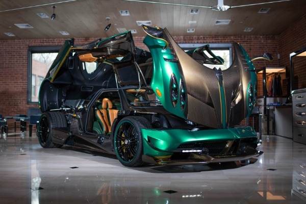 Used 2017 Pagani Huayra BC for sale Call for price at Rolls-Royce Motor Cars Greenwich in Greenwich CT 06830 3