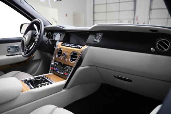 Used 2019 Rolls-Royce Cullinan for sale $349,900 at Rolls-Royce Motor Cars Greenwich in Greenwich CT 06830 14
