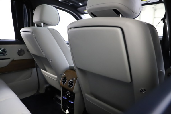 Used 2019 Rolls-Royce Cullinan for sale $349,900 at Rolls-Royce Motor Cars Greenwich in Greenwich CT 06830 20