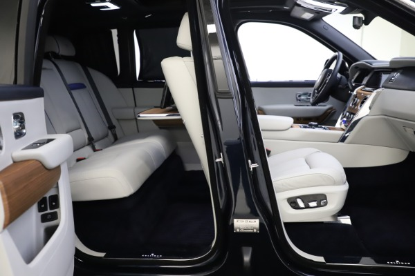 Used 2019 Rolls-Royce Cullinan for sale $349,900 at Rolls-Royce Motor Cars Greenwich in Greenwich CT 06830 23
