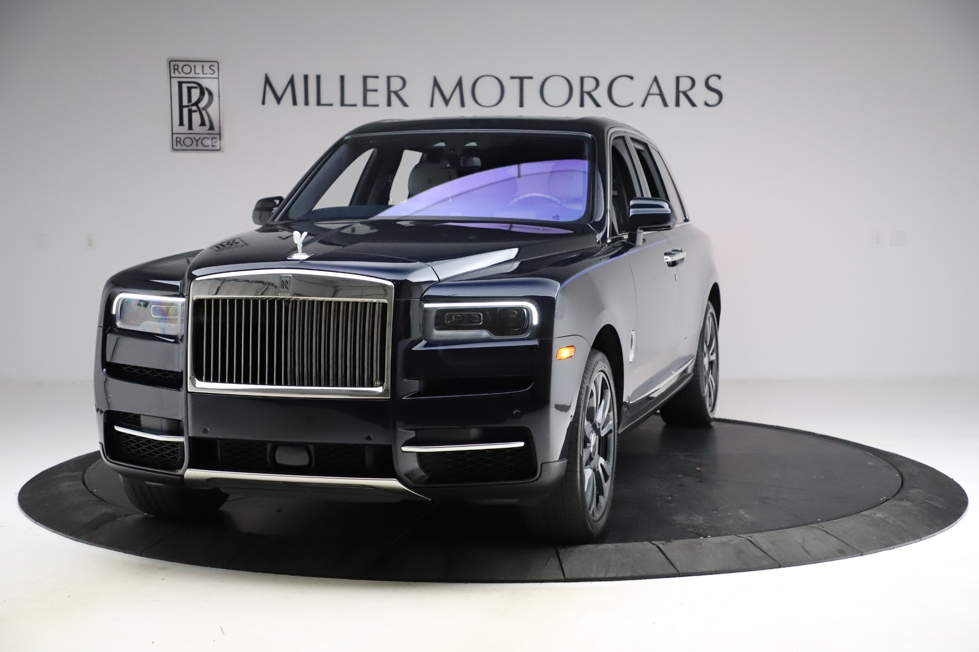 Used 2019 Rolls-Royce Cullinan for sale $349,900 at Rolls-Royce Motor Cars Greenwich in Greenwich CT 06830 1