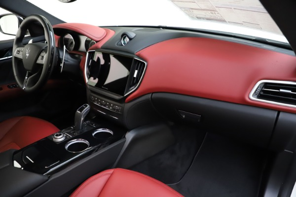 New 2021 Maserati Ghibli S Q4 GranLusso for sale $95,835 at Rolls-Royce Motor Cars Greenwich in Greenwich CT 06830 24