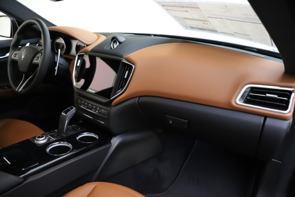 New 2021 Maserati Ghibli S Q4 for sale $90,925 at Rolls-Royce Motor Cars Greenwich in Greenwich CT 06830 22