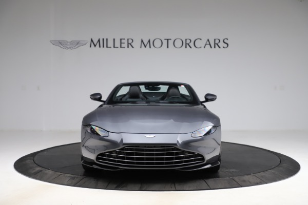 New 2021 Aston Martin Vantage Roadster Convertible for sale $178,186 at Rolls-Royce Motor Cars Greenwich in Greenwich CT 06830 11