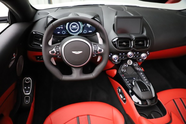 New 2021 Aston Martin Vantage Roadster Convertible for sale $189,186 at Rolls-Royce Motor Cars Greenwich in Greenwich CT 06830 17