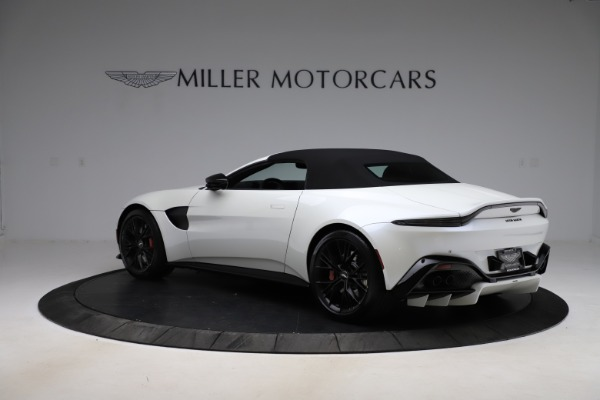 New 2021 Aston Martin Vantage Roadster Convertible for sale $189,186 at Rolls-Royce Motor Cars Greenwich in Greenwich CT 06830 23