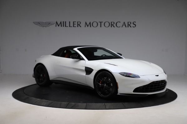 New 2021 Aston Martin Vantage Roadster Convertible for sale $189,186 at Rolls-Royce Motor Cars Greenwich in Greenwich CT 06830 26