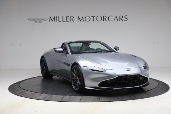 New 2021 Aston Martin Vantage Roadster Convertible for sale $199,285 at Rolls-Royce Motor Cars Greenwich in Greenwich CT 06830 11
