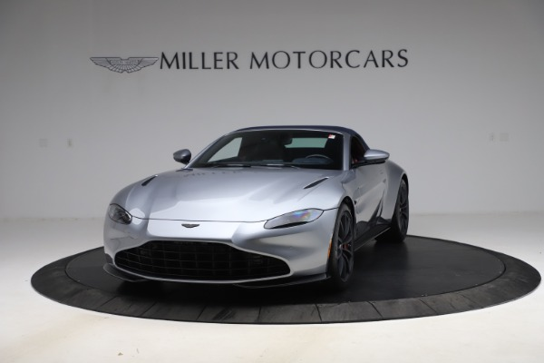 New 2021 Aston Martin Vantage Roadster Convertible for sale $199,285 at Rolls-Royce Motor Cars Greenwich in Greenwich CT 06830 14