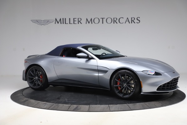 New 2021 Aston Martin Vantage Roadster Convertible for sale $199,285 at Rolls-Royce Motor Cars Greenwich in Greenwich CT 06830 18