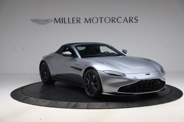 New 2021 Aston Martin Vantage Roadster Convertible for sale $199,285 at Rolls-Royce Motor Cars Greenwich in Greenwich CT 06830 20
