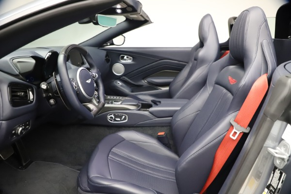 New 2021 Aston Martin Vantage Roadster Convertible for sale $199,285 at Rolls-Royce Motor Cars Greenwich in Greenwich CT 06830 21