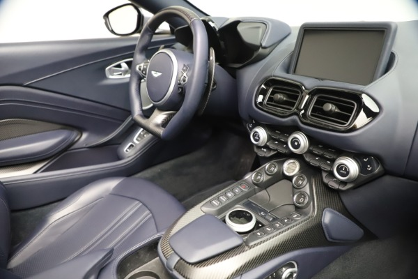 New 2021 Aston Martin Vantage Roadster Convertible for sale $199,285 at Rolls-Royce Motor Cars Greenwich in Greenwich CT 06830 25