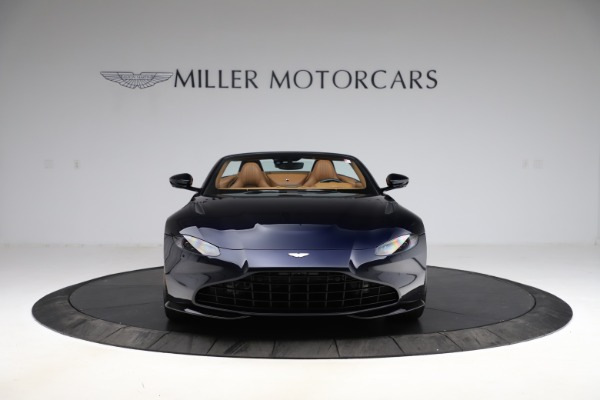New 2021 Aston Martin Vantage Roadster Convertible for sale $205,686 at Rolls-Royce Motor Cars Greenwich in Greenwich CT 06830 11