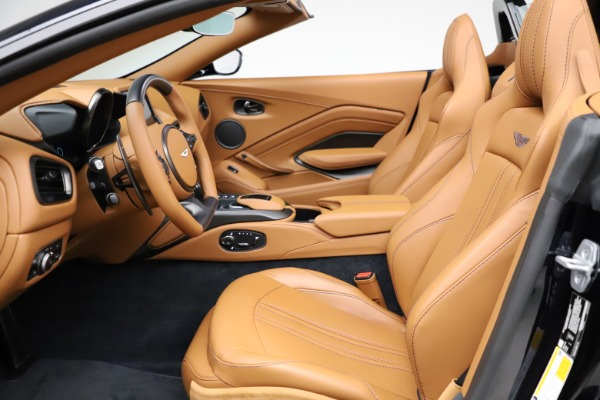 New 2021 Aston Martin Vantage Roadster Convertible for sale $205,686 at Rolls-Royce Motor Cars Greenwich in Greenwich CT 06830 14