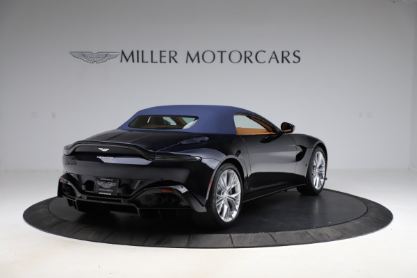New 2021 Aston Martin Vantage Roadster Convertible for sale $205,686 at Rolls-Royce Motor Cars Greenwich in Greenwich CT 06830 27