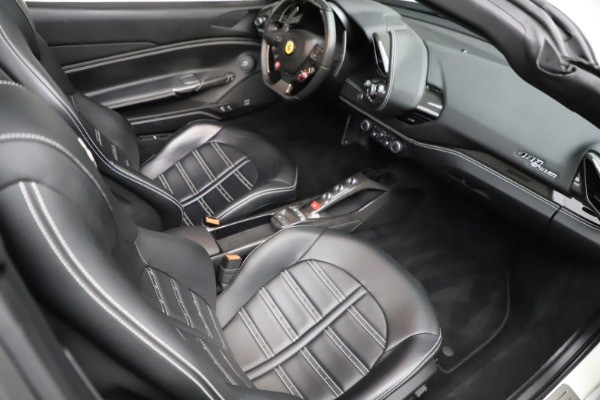 Used 2017 Ferrari 488 Spider for sale $284,900 at Rolls-Royce Motor Cars Greenwich in Greenwich CT 06830 21