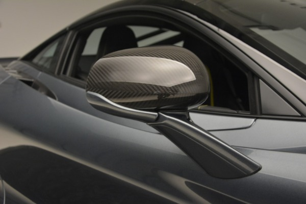Used 2018 McLaren 720S Performance for sale $234,900 at Rolls-Royce Motor Cars Greenwich in Greenwich CT 06830 25