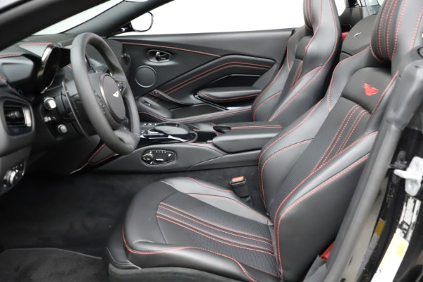 New 2021 Aston Martin Vantage Roadster Convertible for sale $189,186 at Rolls-Royce Motor Cars Greenwich in Greenwich CT 06830 14