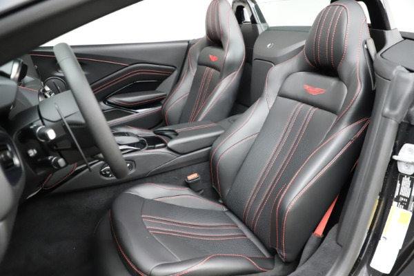 New 2021 Aston Martin Vantage Roadster Convertible for sale $189,186 at Rolls-Royce Motor Cars Greenwich in Greenwich CT 06830 15