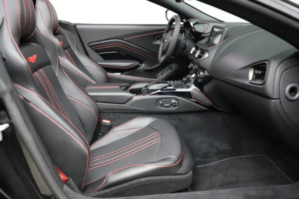 New 2021 Aston Martin Vantage Roadster Convertible for sale $189,186 at Rolls-Royce Motor Cars Greenwich in Greenwich CT 06830 19